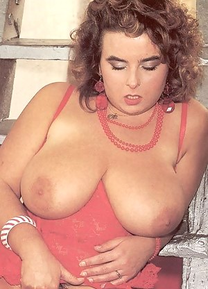 Big Boobs Retro Porn Pictures