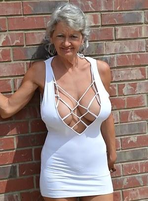 Pictures mature big boobs 33 Celebrities