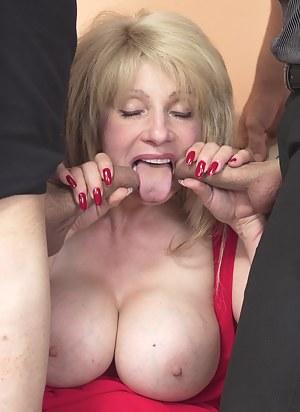 Big Boobs Blowbang Porn Pictures