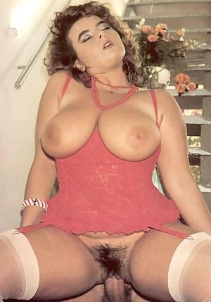 Lesbian Big Natural Tits